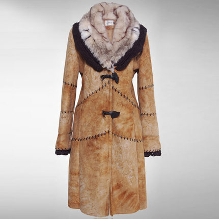 Фотография Winter Warm Coats For Women Long Sections Thick Suede Stitching Woolen Coat Parkas Female Popular Cozy Wild Outerwear H5530