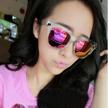 2015 новый корейский звезды стиль женские солнцезащитные очки солнцезащитные очки бренд старинные ремешок солнцезащитные очки заклепки