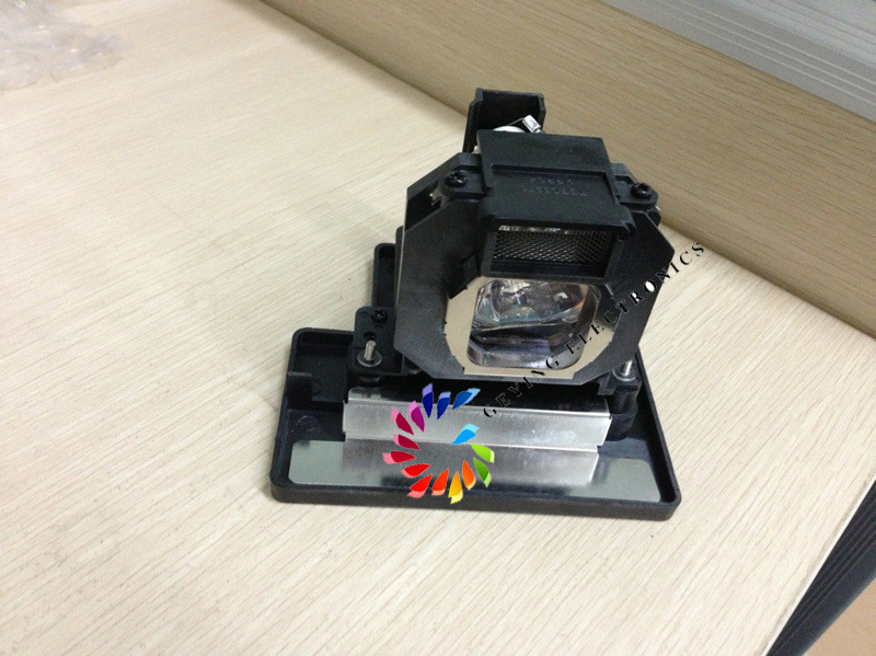 Projector lamp ET-LAE1000 UHE 200W for PT-AE1000/PT-AE1000E/ PT-AE1000U/ PT-AE2000/ PT-AE2000U/ PT-AE3000/PT-AE3000E<br><br>Aliexpress