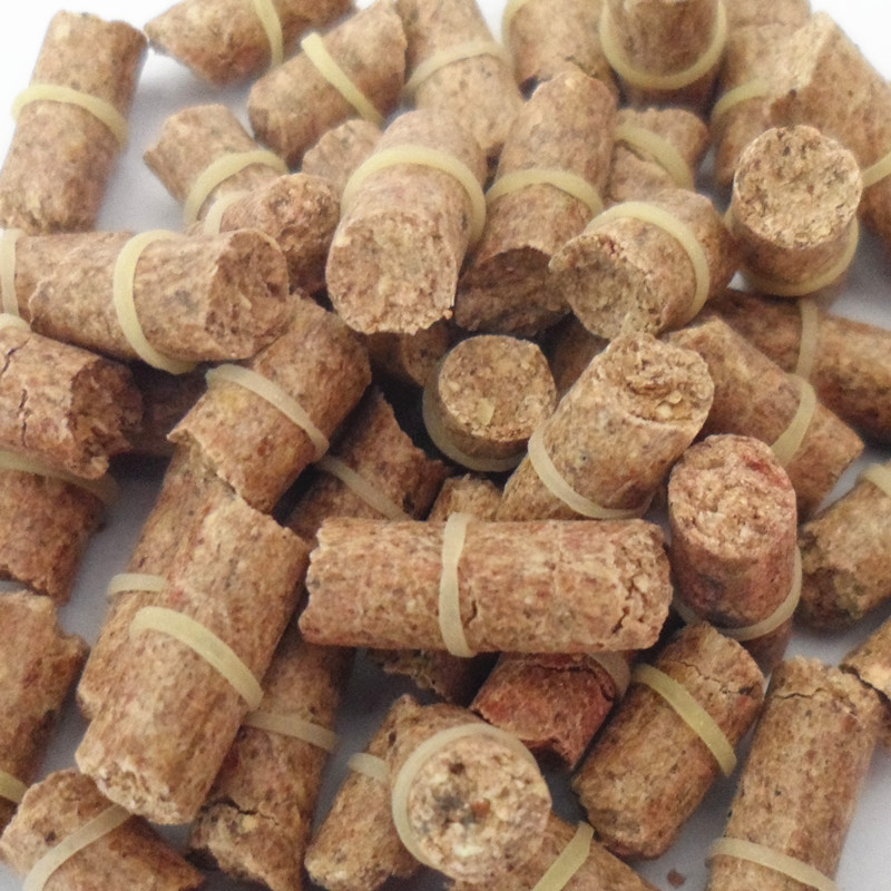 FREE SHIPPING Red carp smell lure grass carp bait formula insect particle rods suit particle general bait fishing 21101-100-y(China (Mainland))