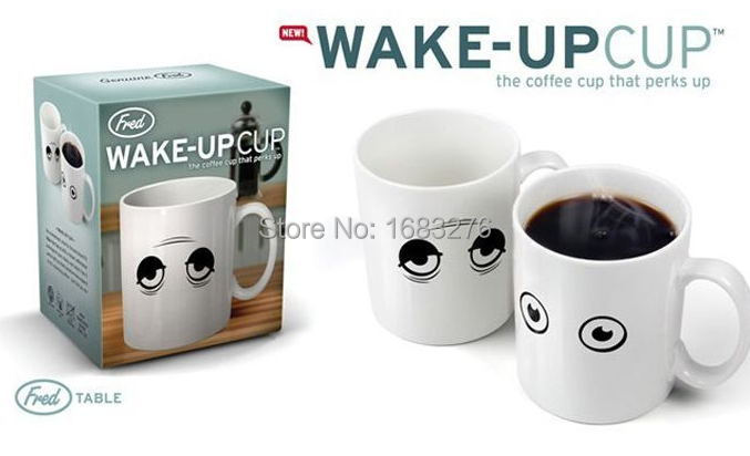 New 2015 novelty gift drinkware color changed mugs 300ml Heat sensitive cup wake up coffee mug temperature changing Cup freeship(China (Mainland))