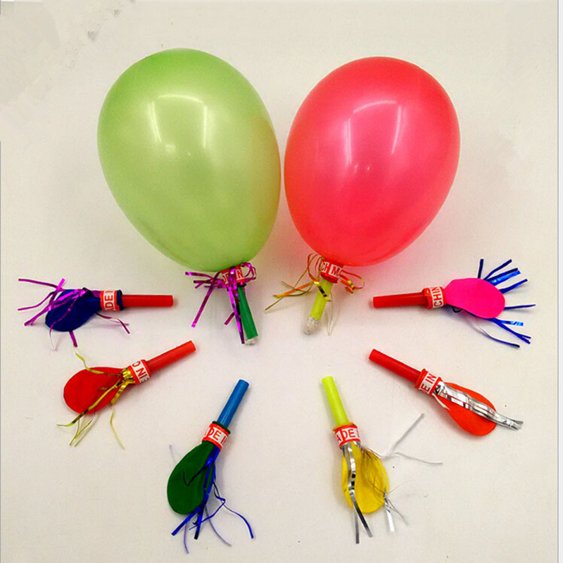 50pcs gold trumpet balloons children's birthday party balloons with a whistle children's toys will be called balloon clown props(China (Mainland))