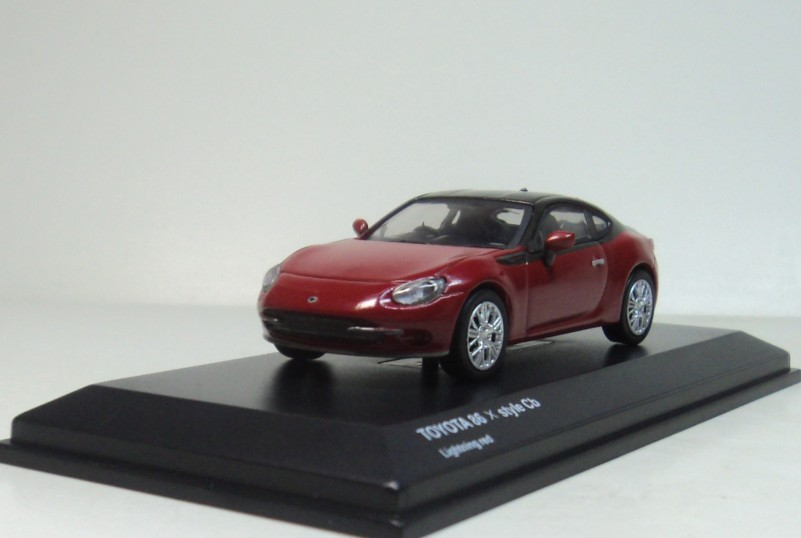 TOYOTA MiniCar Collection - kyosho 1:64 Toyata 86 x style cb lightning red metallic Diecasts model car(China (Mainland))