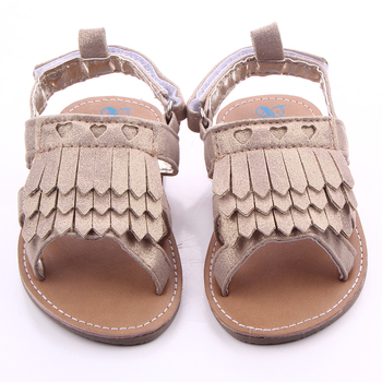 2016 New Design Hard Rubber Sole Beautiful Tassel Outdoor Baby Girl Sandals For First Walking Baby 0-18months