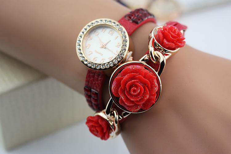 New Fashion Luxury Pearl Bracelet Quartz Watches Women Casual Watch Women Wristwatches Relogio Feminino Reloj Mujer Clock(China (Mainland))