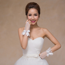 Ivory Bow Tulle Wedding Gloves