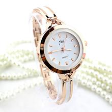 Moda de oro para Mujer del Reloj de pulsera de lujo Retro relojes de vestir plata acero inoxidable de cuarzo grado superior Reloj de Mujer