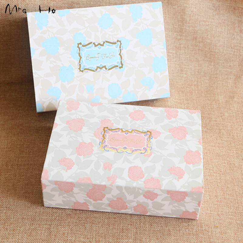 "50pcs/lot Rose Floral Mooncake Baking Pink/Blue Box ""Especially for you""Packaging Valentine Chocolate Paper Box Cake Box PP558(China (Mainland))"