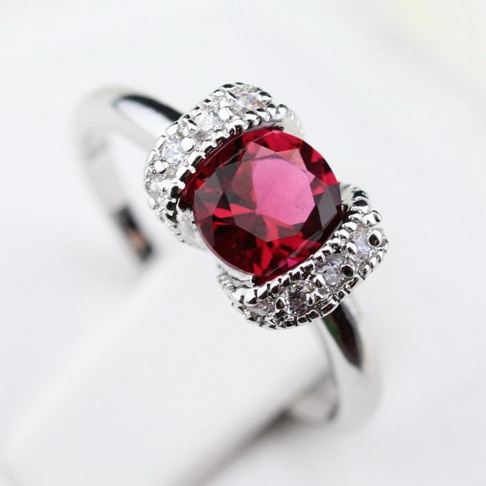 Piranha Shaped Red Ruby Green Emerald Zircon Jewelry Silver Rings For Women Magic Christmas Gift Free Jewelry Box R237/238(China (Mainland))