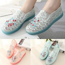 Hot Sales Womens Summer Shoes Lace Round Toe Flat Sandals Rhinestone Solid Slip On Womens Wedding Sandals Wholesales (China (Mainland))