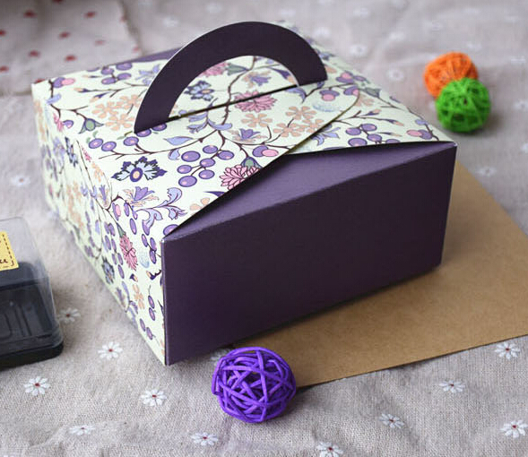 DIY folding paper box with handle for gift and cake box packaging 14*14*6.5CM ,handle height is 10cm(China (Mainland))