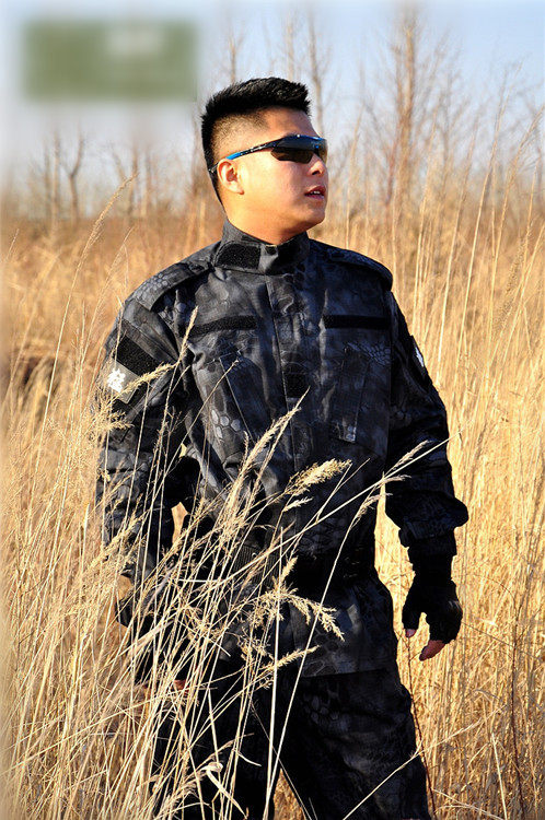 Black Python pattern Army camouflage commando outdoor live CS field training uniform suit