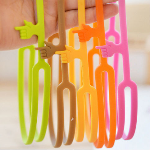 100% Silicone Pointing Finger Bookmarks Mix 6 Colors Fashion Bookmarks Book Diary Bookmark WJ0138(China (Mainland))