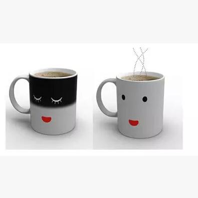 1pc/lot Creative fashion gift Smilling Face Moring Mug Magic Heat Sensitive Color Change Coffee Milk Tea Cup Mug Free Shipping(China (Mainland))