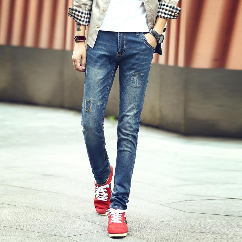 Фото ножек в обтягивающих джинсах 25 фотография