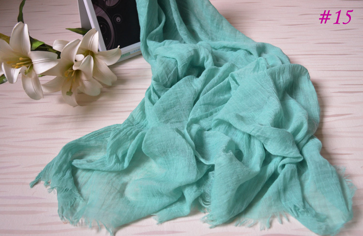 2013 New summer ladies' viscose scarf arrival!Free shipping,long Women shawl with soft feeling!Fashion plain scarf with tassels