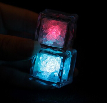 Гаджет  10pcs/lot Wholesale Lamps High quality wedding celebration LED Glow Ice Cubes novelty party Sparkling Light Ice Without Switch None Дом и Сад