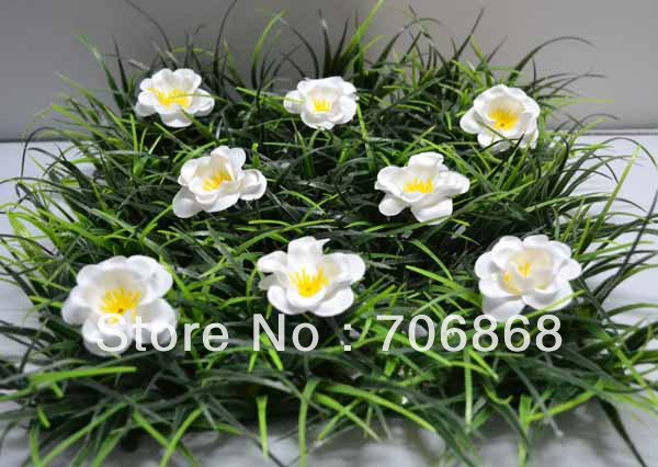 10''*10'' Artificial plastic grass mat boxwood mat with little white flower wedding garden home party decoration table runner(China (Mainland))