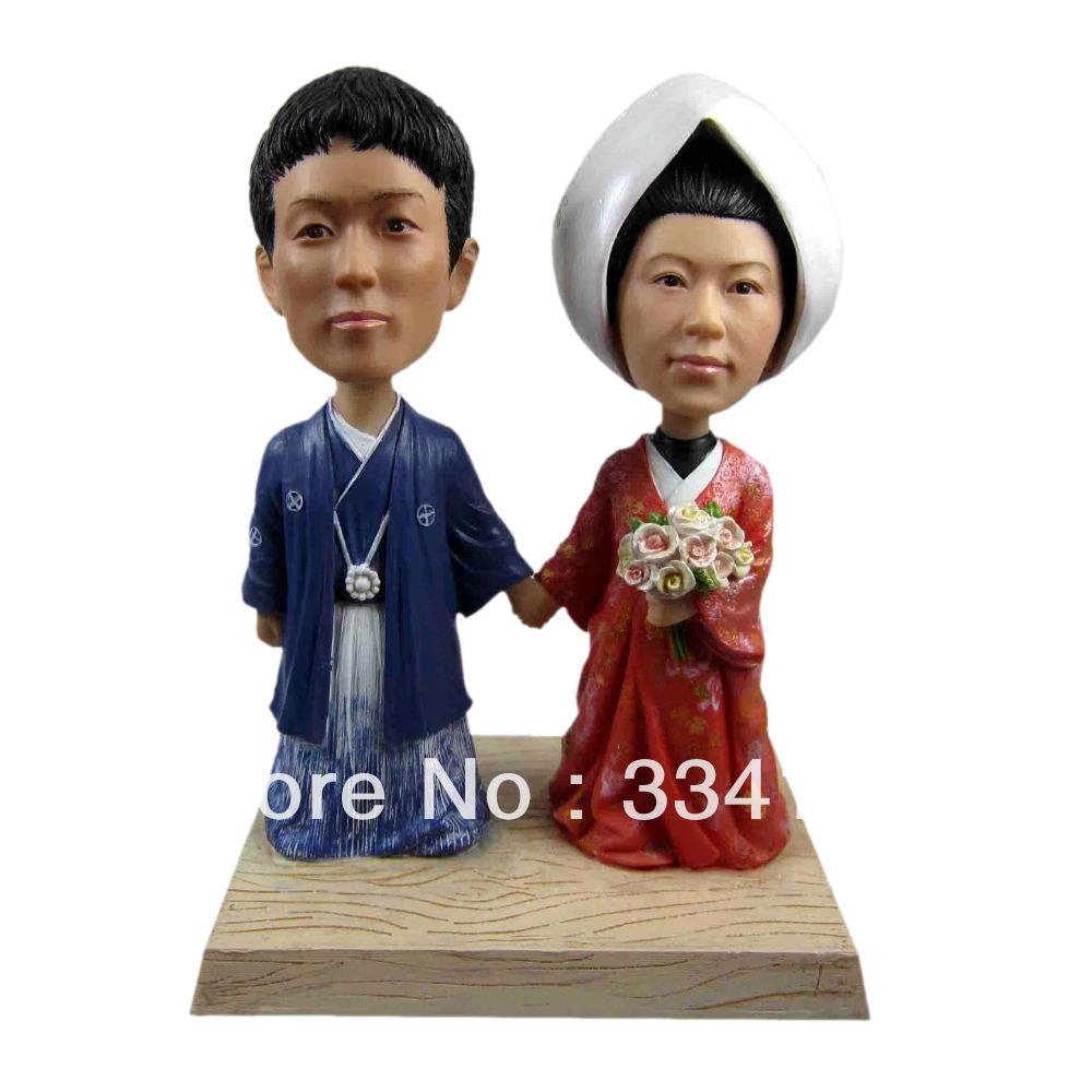 Personalized bobblehead doll Korean couple wedding gift wedding decoration fixed polyresin body + polyresin head Custom doll(China (Mainland))
