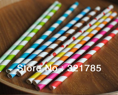 50 pcs of colorful Wedding creative drinking paper straws / 4--6 different colors and patterns mixed