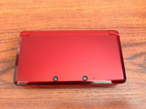 Brand new 3DS naked eye 3D Game System Camera Handheld Game Player Color Red with Retail Packaging free shipping(China (Mainland))