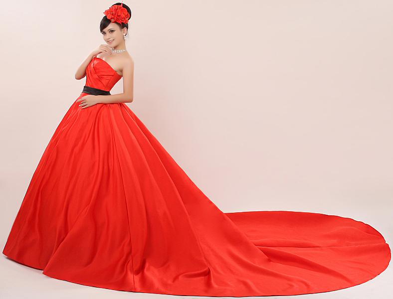 Bride wedding dress red train formal dress 2014 black belt for Big red wedding dresses