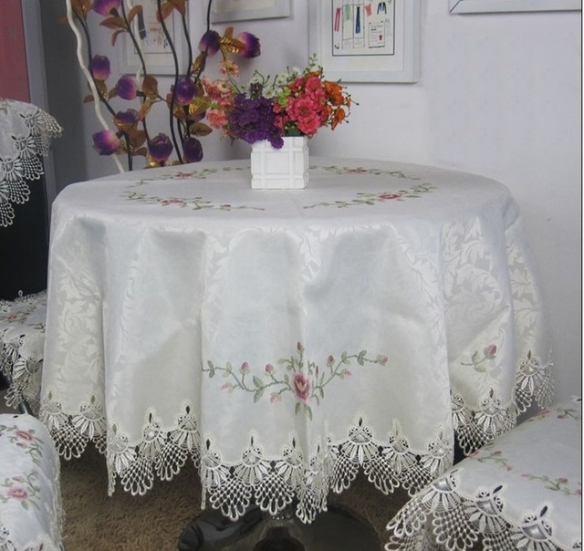 Hot Selling High Quality Round Elegant Jacquard Cross-stitch Embroidery Tablecloth Lace Embroidered Table Linen Cloth Covers