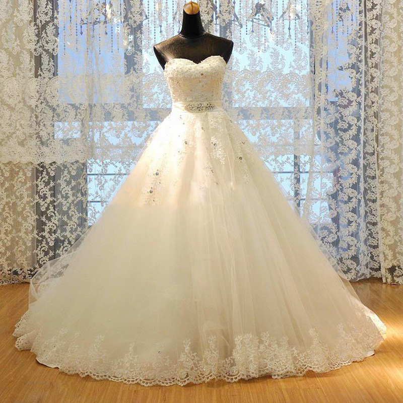 High quality ball gown lace wedding dress sweetheart for Vintage beaded lace wedding dress