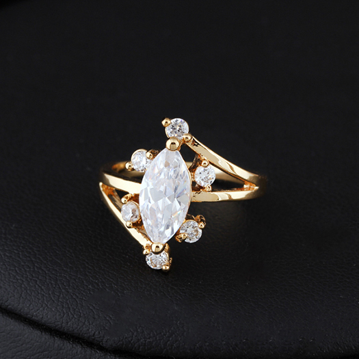 18K Real Gold Plated Gorgeous Transparent White CZ Flower Design Ring Full Size Wholesale E-shine Jewelry(China (Mainland))
