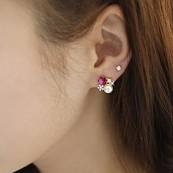 New Fashion Exquisite Elegant Lovely Women Lady Pearl Rhinestone Plum Flower Earring Ear Stud Party(China (Mainland))