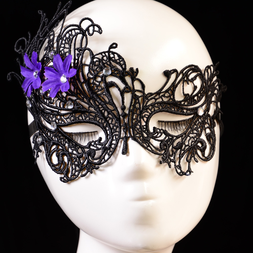 Hot sales Black Sexy Lady Lace Mask Cutout Eye Mask for Masquerade Party Halloween Fancy Dress Costume with Diamond Mask(China (Mainland))