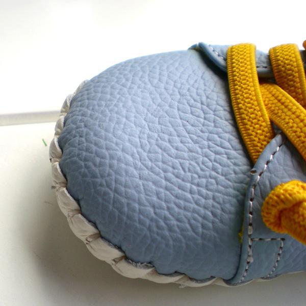 2016 OMN Марка Обувь Из Натуральной Кожи Крытый Детская Обувь Мальчики Девочки Мягкой противоскользящей Малышей Обувь Мода Светло-Голубой первые Ходоки