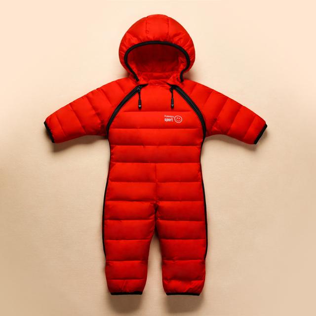 Новая мода 2016 Новый стиль младенческой ребенка зимой тепловой спецодежда марка теплый перо комбинезон новорожденных девочек мальчиков одежды снег износ