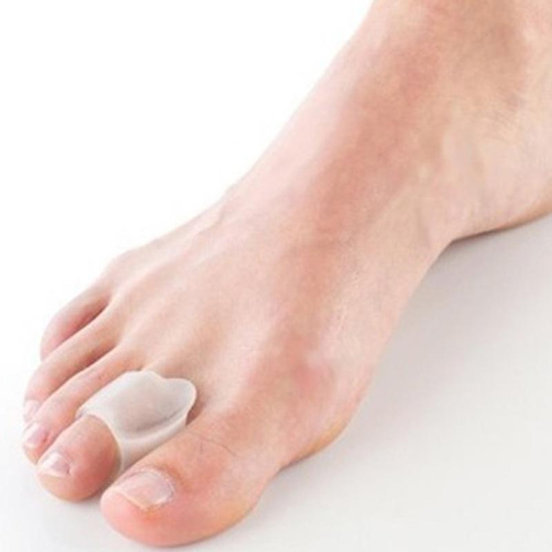 Broadhurst little toe brace sub-toe small toe separator thumb pad 3pairs foot massager Pedicure tools(China (Mainland))