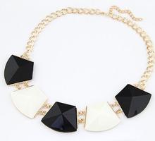 Bib Collar Jewelry Resin Geometry Spike Design necklaces & pendants Statement Chunky Joyas Costume Bijouterie items(China (Mainland))