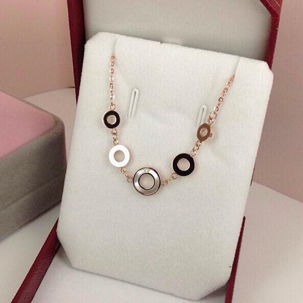 White Natural Sea Shell Circles Pendant Short Chain Choker Necklace Women 316l Stainless Steel 18k Rose gold Plate Fashion Bijou(China (Mainland))