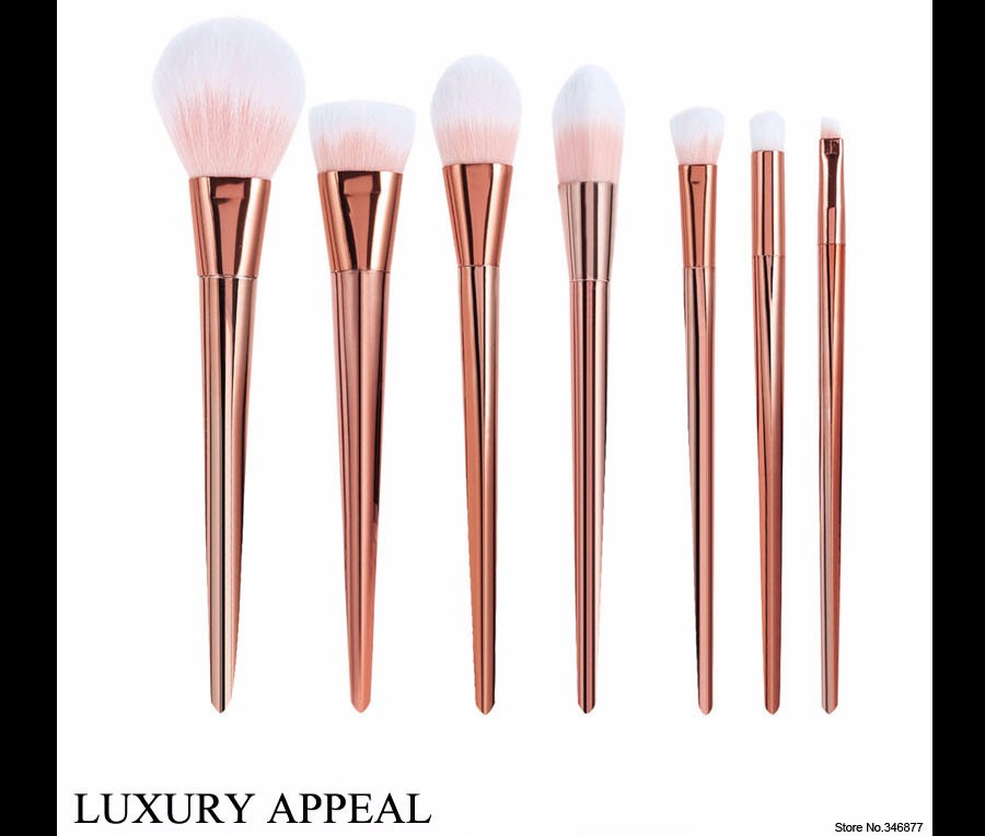 2 Real Techniques Brushes Gold Makeup brushes 7 pcs