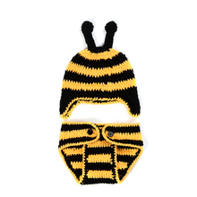 New Bumblebee 0-3 months Infant Cute One Hundred Days Baby Wild Hand-knitted Baby Clothes Newborn Photography Props Wool Suit