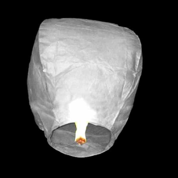 50pcs Chinese Sky Paper Lanterns Flying Lanterns Wedding- Outdoor Flying Fire Lamps - White Paper Sky Wedding Party Decoration(China (Mainland))
