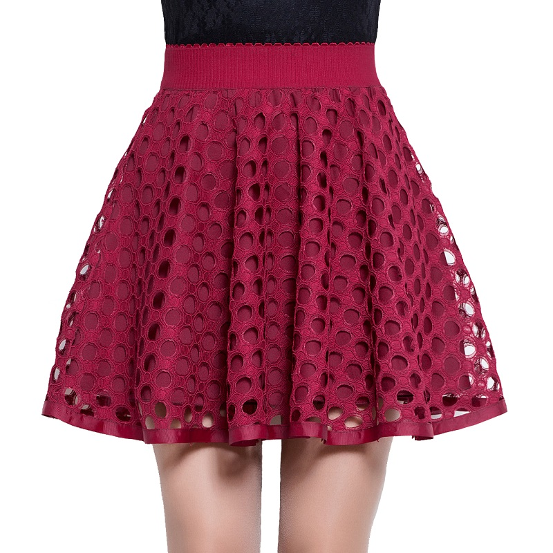 Find fashionable skater skirts at fatalovely.cf! Pair a black skater skirt with a crop top or try a floral skirt for a flirty and flattering look.