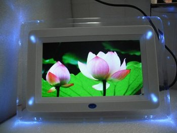 5pc/lot free shipping 7 inch digital photo frame with multi-functions with 4 led light