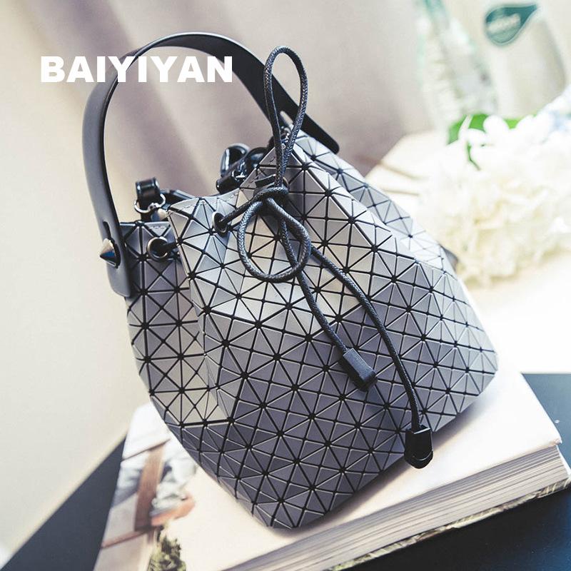 2016 Women font b Plaid b font Leather Handbag Chains Drawstring Ladies Bucket Bag Messenger Bags