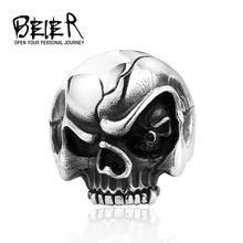 Skull in the eye Evil Eye Personlity Biker Skull Rings Man Punk Gothic Style Jewelry STAINLESS Steel Free Shipping M-TG014