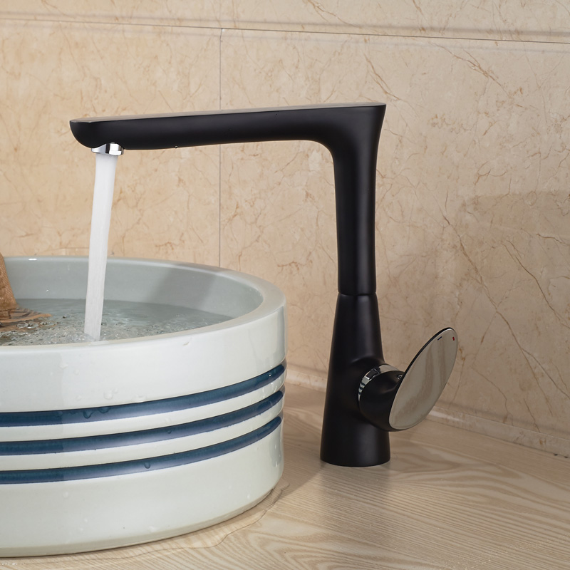 Фотография New One Hole Deck Mounted Brass Oil-rubbed bronze Finish Water Basin Sink Faucet