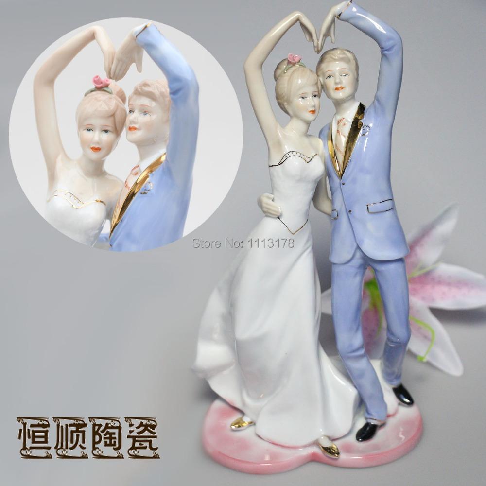 Couples figures minimalist modern European decorative ceramic Home Decoration creative crafts marriage wedding wedding gifts(China (Mainland))