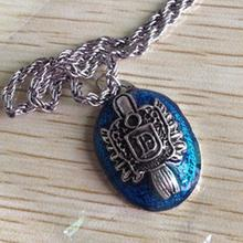 Drop Shipping Vintage Style The Vampire Diaries Damon Drip Stone Necklace Letter S And D Fashion Jewelry(China (Mainland))