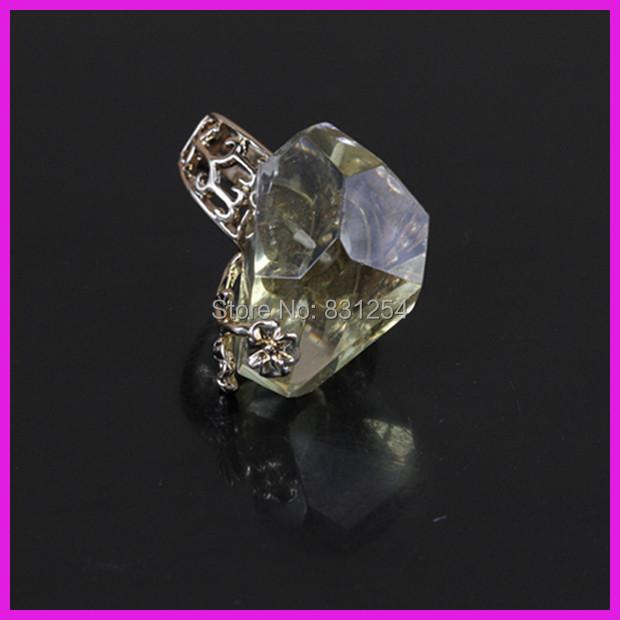1PC Natural Transparent Yellow Crystal Quartz 24K Gold Lace Ring ,Raw Drusy Gem Stone Charm Temperament Engagement Ring(China (Mainland))