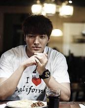 Buy Pop boy Korean Lee Min Ho Park Shin Hye couples Tee Love California white t-shirt KPOP LeeMinHo for $16.56 in AliExpress store