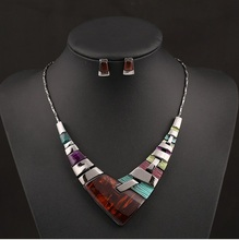 European  brand  fashion colour gem choker necklace exaggerated Bridal jewelry sets necklace&pendants sapphire jewelry wholesale(China (Mainland))
