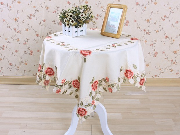 Hot sell polyester 40 200cm floral runner embroidery table cloth embroidered tablecloth covers cutwork hand free